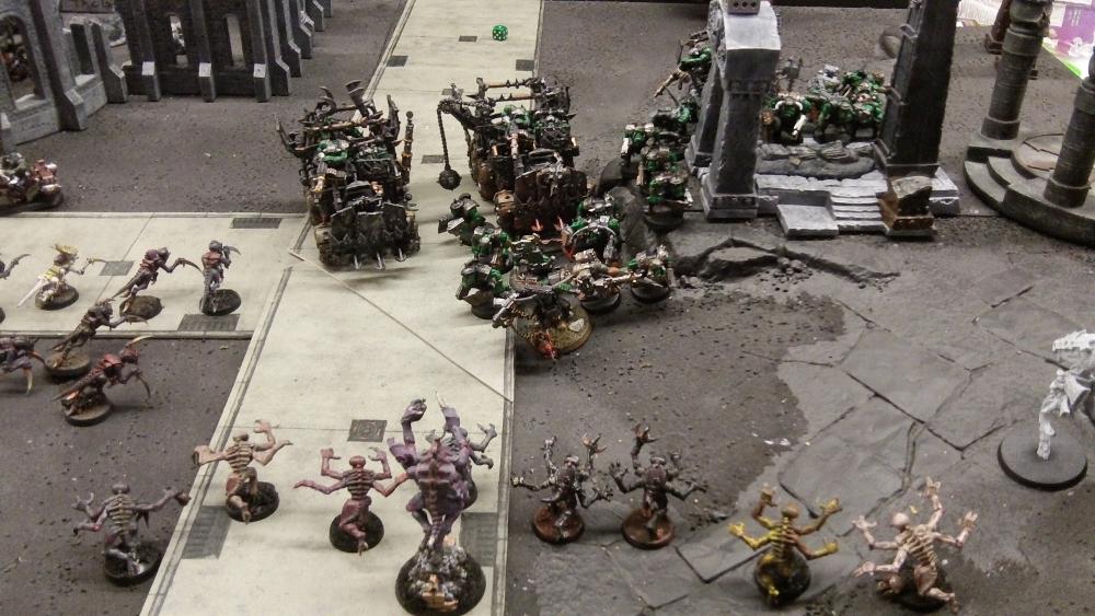 Splinter Fleet Mordiggian genestealers vs orks